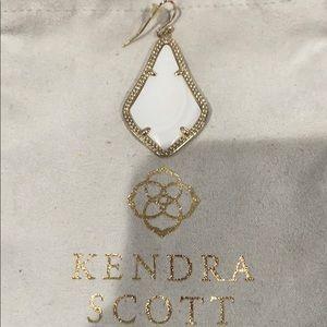 Auth KENDRA SCOTT Mother or Pearl Teardrop Earring